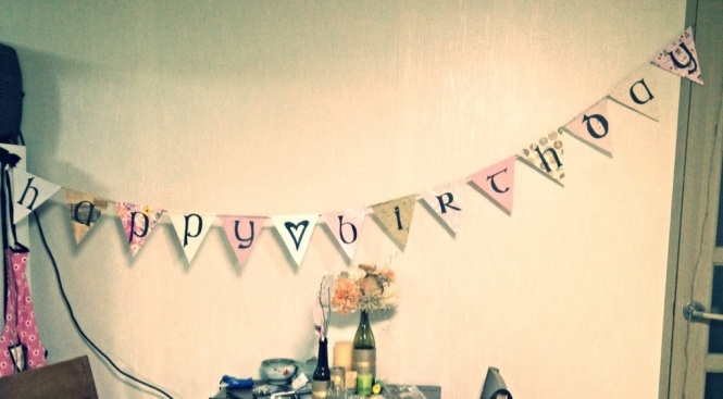 Vintage Birthday banner DIY