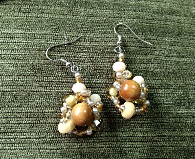 Vintage crafts -- earrings